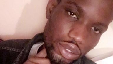 Le goorjiguen Abdou Diop (+221785399376) Menace Kocc pour avoir publié ses videos sur babiporno.com